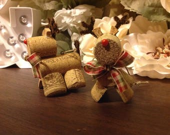 Cork Reindeer Ornament, Beige Plaid ribbon
