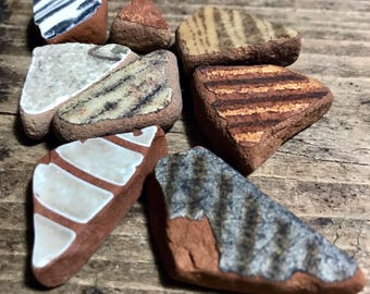 Italian Sea Pottery * Beach Pottery Pieces * Recycled Craft Objects DIY Interior Design * Earth Colored Sea Gift Ideas * Triangle Terracotta