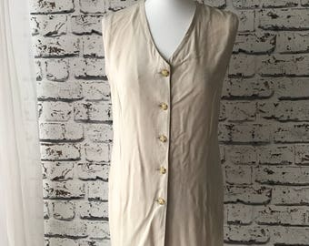 Buttoned tunic top