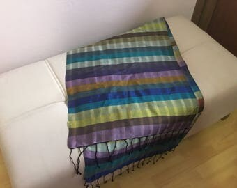 Hand loom weave shawl