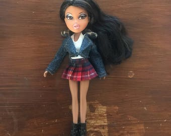 Bratz outfit- Oversized-Denim jacket, tartan pleated skirt