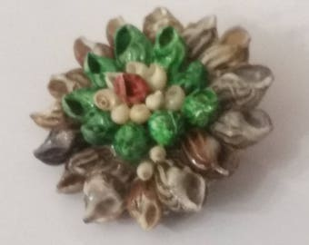 Sixties Shell Souvenir Brooch