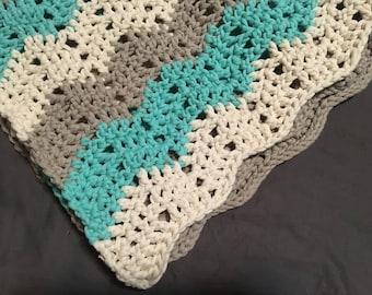 Crochet Baby Blanket - chevron