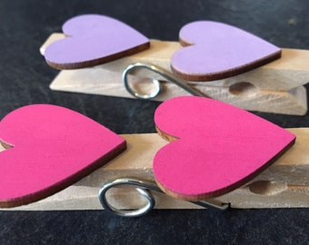 Decorated magnetic pegs