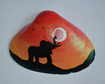Hand painted seashell art