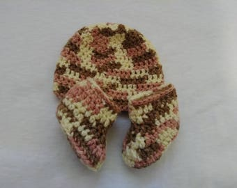 Neapolitan/Cowgirl Colored Crotchet Hat and Booties.