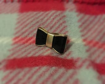 Beautiful Emo/Pastel Goth Bow Ring (LARGE SIZE)