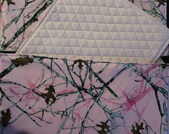 Set of 4 Pink Camo Place-mats