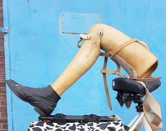 wooden leg prosthesis