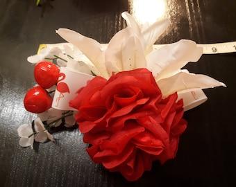 Hand made Rockabilly tiki  hair flowers