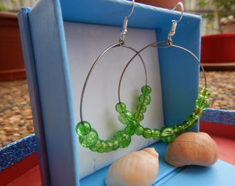 Green and glassy hoops