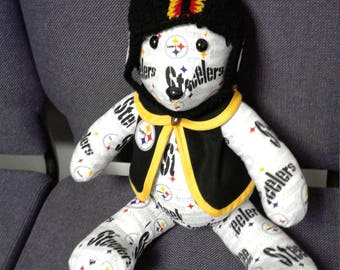 What's your favorite sports team? Love to show them off?  Well a sports team bear is what your need!