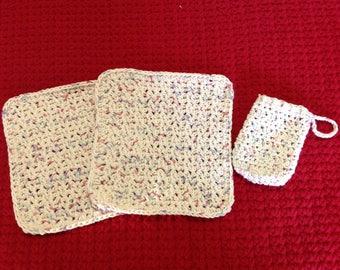 Cotton washcloths and matching soap saver bag
