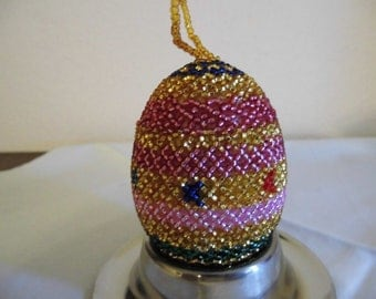 Decoration-Eggs with pearls, 7 x 4 cm, handmade