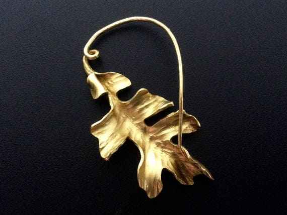 Brass oak leaf scarf or cloak pin, fibula style mechanism, forged from one piece