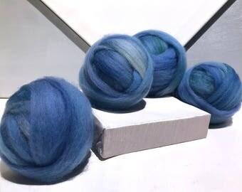 """Blue green wool roving """"Grass Stain"""" Felting wool, Spinning Fiber, light blue green wool, powder blue, light green, Blue green wool roving"""