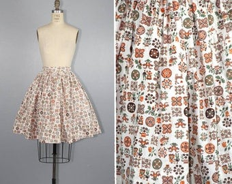1950s skirt / novelty print / LITTLE FOLKLORE / vintage cotton skirt