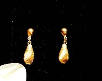 Christmas In July 40% Off Small Gold Dangle Earrings, Gold Tone Drop Earrings, Twisted Gold Tone Earrings