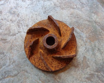 "Vintage Industrial Rusty Salvage Cast Iron Impeller Repurpose Steampunk Metal Craft 4"" Diameter #3"
