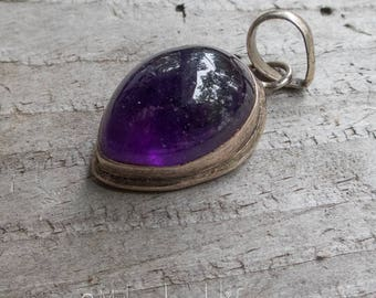 Large Amethyst Teardrop Sterling 925 Pendant || Earthy and Organic | Natural Teardrop Stone | Vintage Amethyst Stone Pendant Under 40