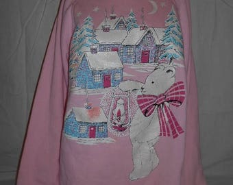 Closing Shop 40%off SALE Make Offer on any item           Vintage 80's sweatshirt pullover  bear cabins snow   PINK     winter