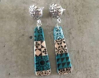 polymer clay earrings pair - ciment tiles - bleu / sand tone - new