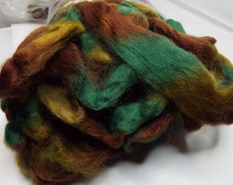 Northern Lights wool top, Camo, Louet fibers, 225 grams, Fiber, spinning fiber, spindle spinning, spinning, roving, top, Threadsthrutime