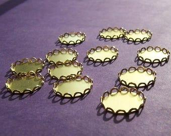 SALE 30% Off Lace Edged Brass 13mm Round Settings 12 Pcs