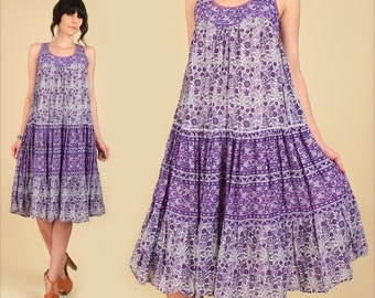 ViNtAgE 70's Indian Cotton Dress // Bohemian India Gauze Gauzy // Floral Gypsy HiPPiE Boho Festival Tent Dress Purple Small S