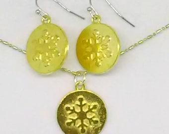 Snowflake Gold Charm Jewelry Set