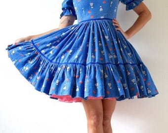 SUMMER SALE / 20% off Vintage 50s Poodles and Balloons Novelty Print Ruffled Bodice New Look Square Dance Circle Dress (size small, medium)