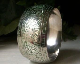 Vintage Wide Bangle Bracelet, Silver Cuff, Carved Etched Bangle, Tribal African Animals, Elephant, Lion Jackal, Hand Patina