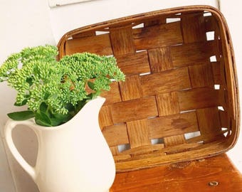 A Tisket A Tasket... Antique Vintage Woven Gathering Basket Farmhouse Decor