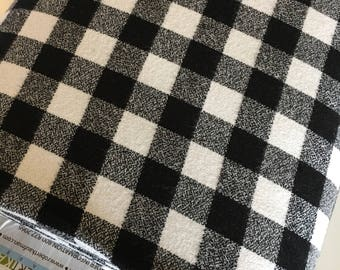 White Black Plaid, Mammoth Plaid Flannel, Black Plaid, Lumberjack Party Flannel, Plaid Scarf fabric, Robert Kaufman, Mammoth Flannel White