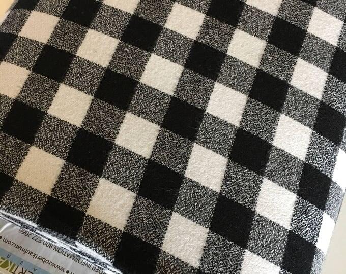 White Black Plaid, Mammoth Plaid Flannel, Black Plaid, Lumberjack Party Flannel, Plaid Scarf fabric, Robert Kaufman, Mammoth Flannel White