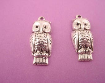 4 silver ox  owl 21mm charm 1 loop nature bird