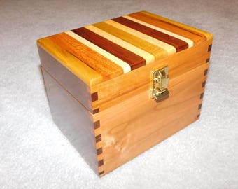 """Wood Recipe Box for 4"""" x 6"""" Index Cards - Walnut and Cherry"""