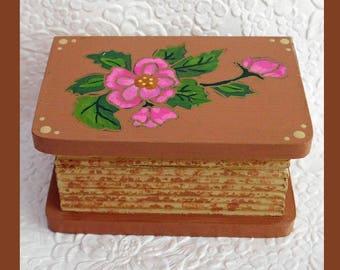 Brown Trinket Box, Jewelry Box, Jewelry Organizer, Hand Painted, wood Jewelry Box Handmade, Floral Design, Unique Gift, Keepsake Jewelry Box