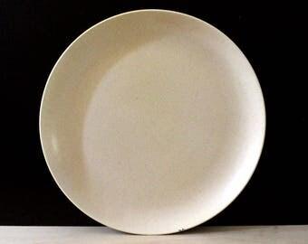 California Modern Santa Anita Ware speckled pastel yellow chop plate.  Mid century modern California Pottery.