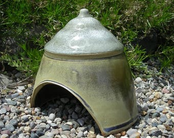 Toad House , Ceramic Toad House , Fairy Garden Hut , Toad Abode , Toad Home , Whimsical Garden Decoration !