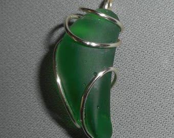 emerald green beach glass pendant