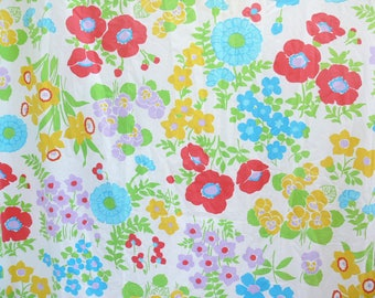 Vintage 60s Pop Art Bright Floral Double Full Queen Flat Bed Sheet Wamsutta Fabric Salvage