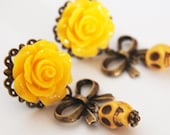 2g 6mm day of the dead dangle plugs yellow