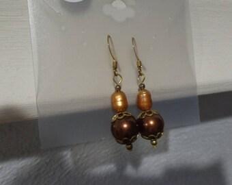 Brown pearl dangle earrings