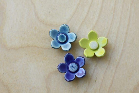 flower magnets, set of 3