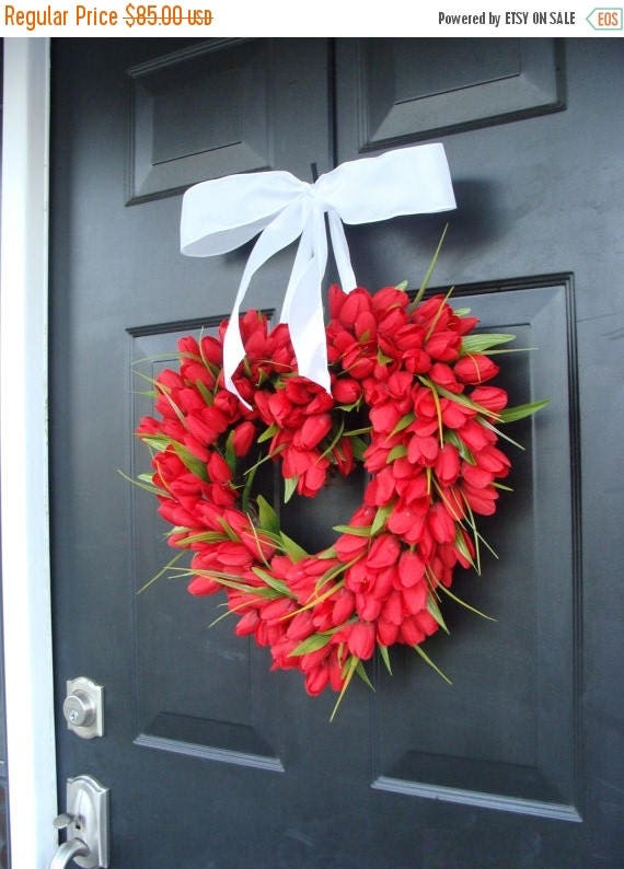SUMMER WREATH SALE Tulip Heart Wreath Valentines Day Wreath Red Heart Wreaths I Love You  Decor  Valentines Day Gift  Wedding Gift Wedding D