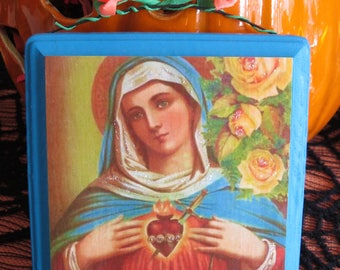 Virgin MARY and the SACRED HEART Shrine -  A colorful and sparkly beauty