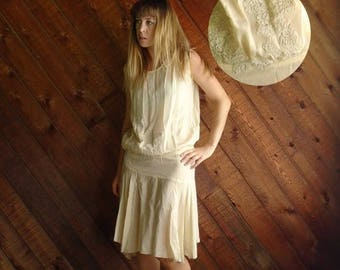 15% Memorial Day Wknd ... Frosted Cream Vintage 20s 30s Creamy Ivory Silk Crepe Flapper Dress XS S