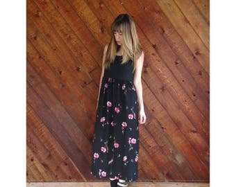 15% Memorial Day Wknd ... Black Rib Sleeveless Floral Maxi Dress - Vintage 90s - S/M