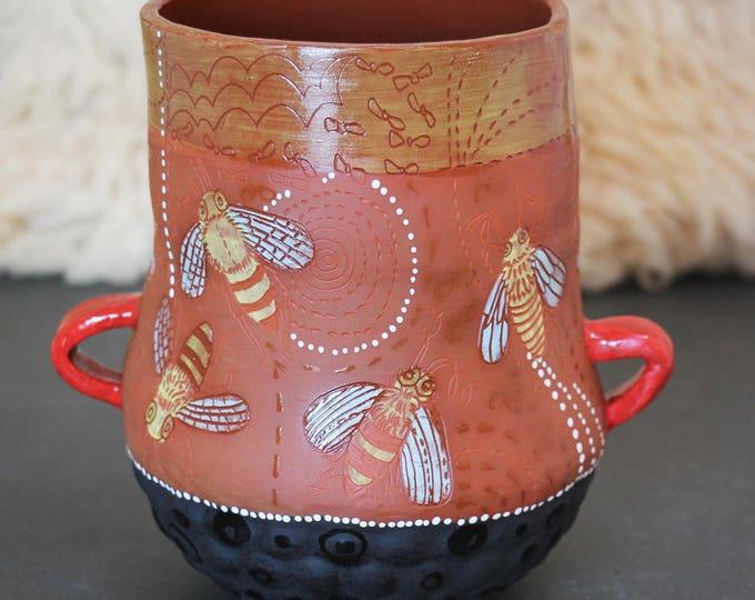 Honeybee Vase
